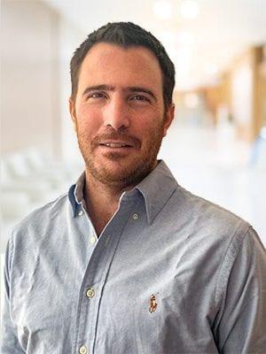 Emilio R. Ladeveze MD